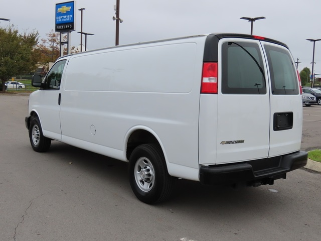 Pre-Owned 2017 Chevrolet Express 3500 Work Van